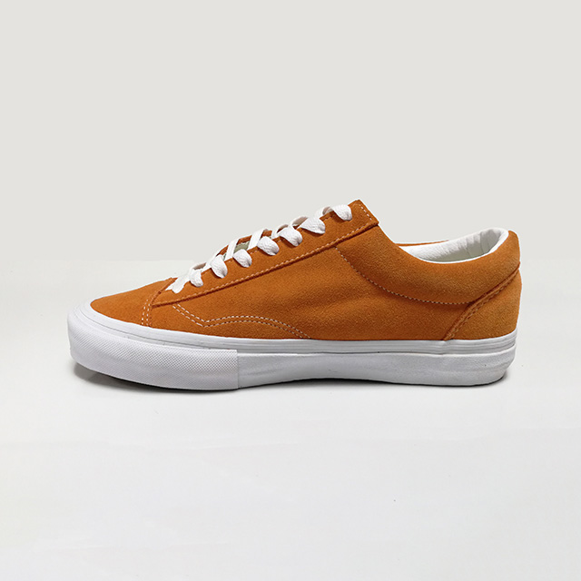 Wholesale custom suede orange skateboard shoes